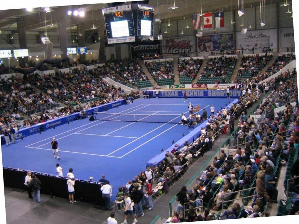 Dr Pepper Arena tennis court