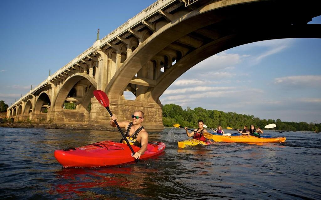 Kayaking the Congaree - Credit Brett Flashnick for the Columbia CVB