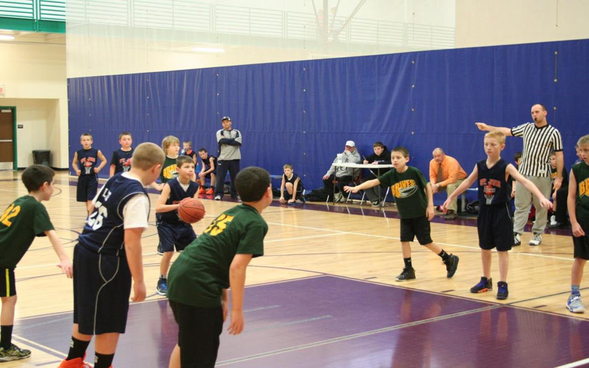 Youth basketball at REC Center_1280x800