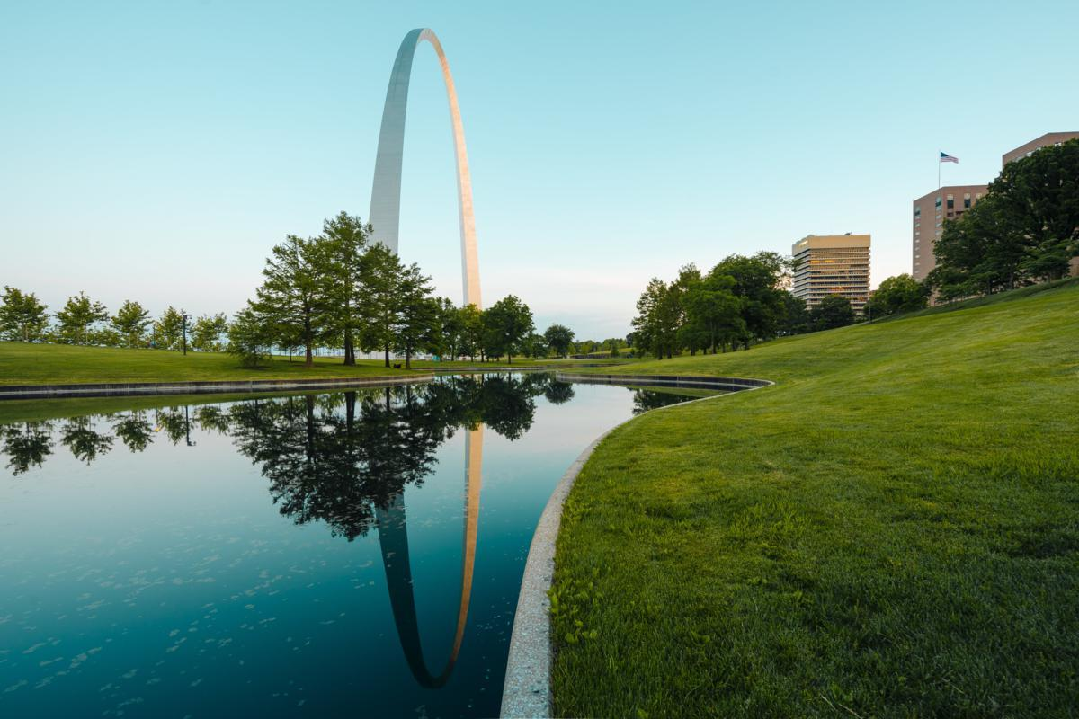 8 Great River Cities of Missouri