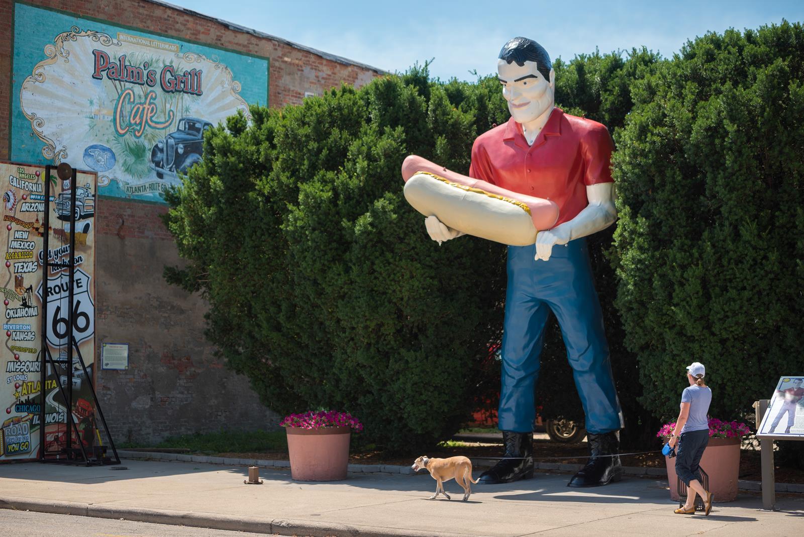Route 66- Paul Bunyan Statue 2-1 IL Tourism