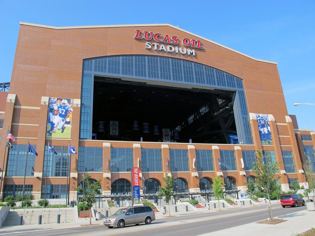 Lucas Oil Stadium photo by Jun Wang